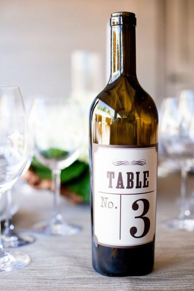 Ταμπελάκι για Κρασί σε Διπλό Ρόλο!