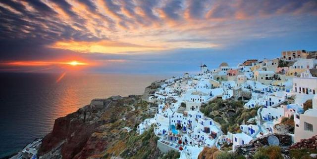 Το 8 Πιο Ρομαντικά Ελληνικά Νησιά!